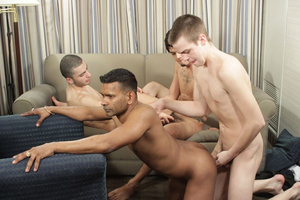 gaysex first time