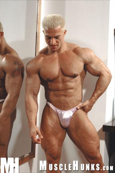 papis bodybuilder gay video