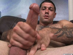 gay sexhome - Chris from Spunk Worthy