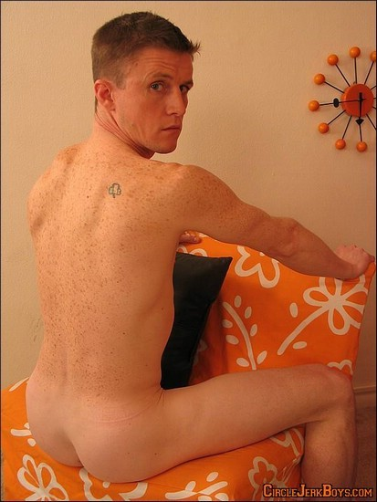 Gay Porn Photos: Hank from Circle Jerk Boys at JustUsBoys - Gallery 412