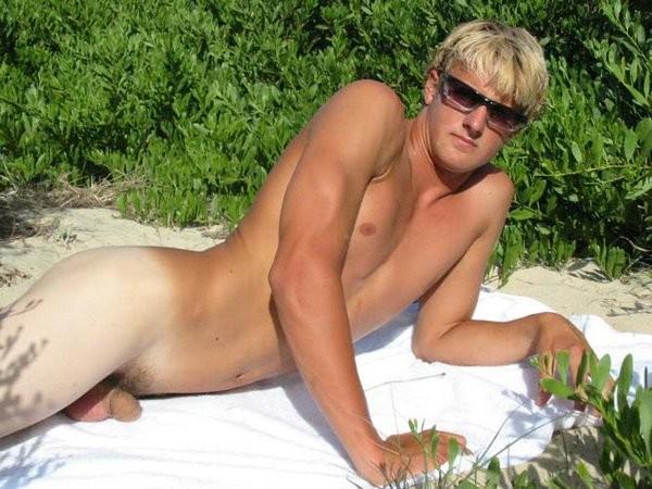 aussie boy naked